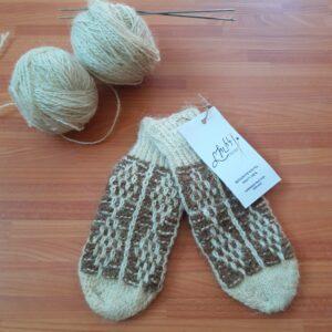 100 % sheep wool , handmade